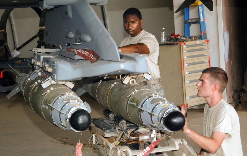 Training of personnel to prepare for departure JDAM