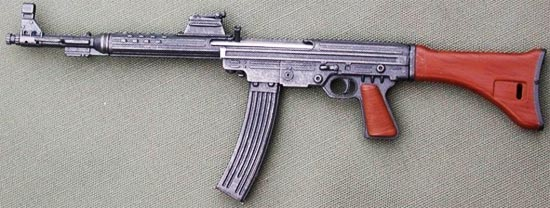 assault rifle (automatic) mkb. 42 (w) / maschinenkarabin 42 walther